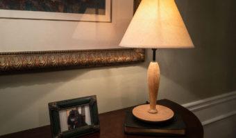 refinished-used-wood-lamp