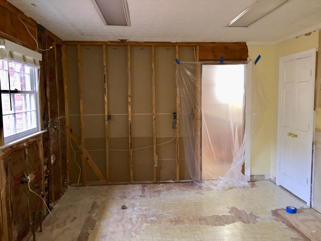 kitchen-renovation-demolition-linoleum-removal
